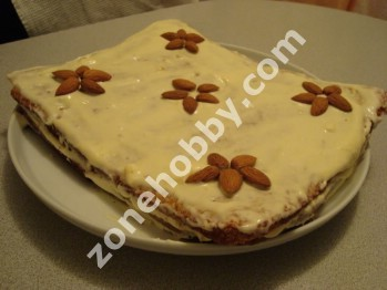 Миндально-морковный торт
