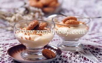 Молочный крем с марципаном