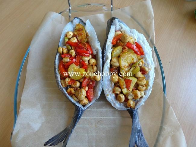 дорада с овощами в духовке