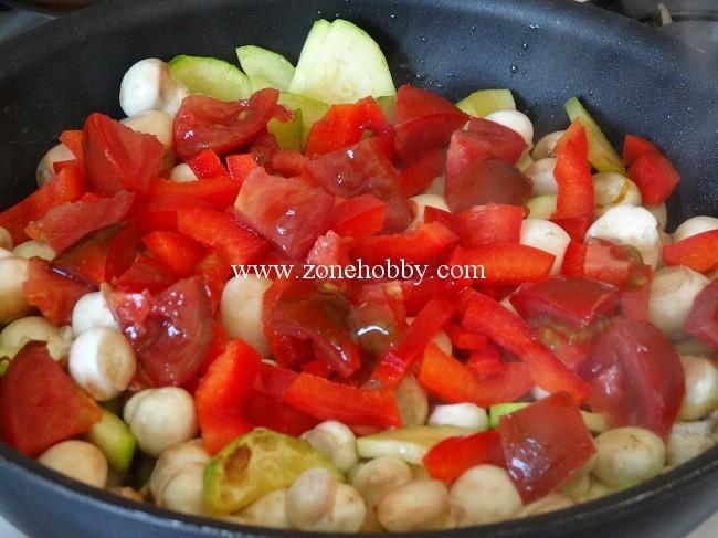 дорада в духовке с овощами